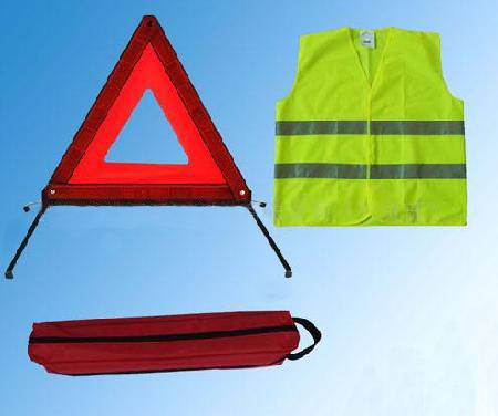 reflective Safety kits safety vest and warning triangle