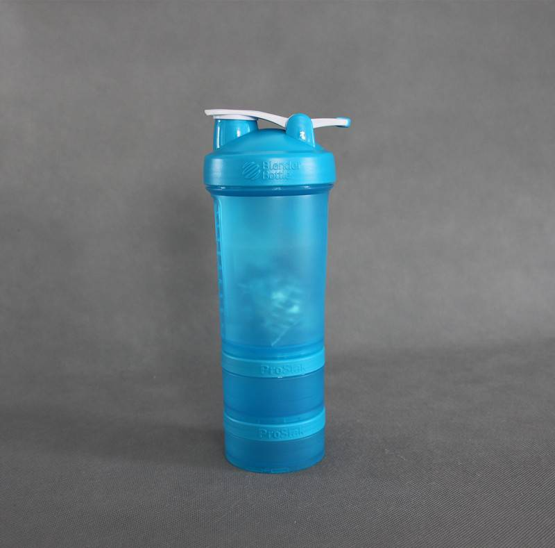3-in-1 protein shaker with containers