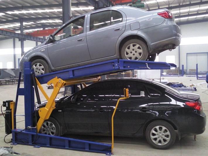 Tilting car park lift
