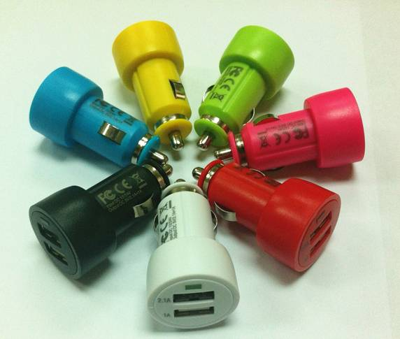 3.1A dual USB auto car charger adapter for mobile phones