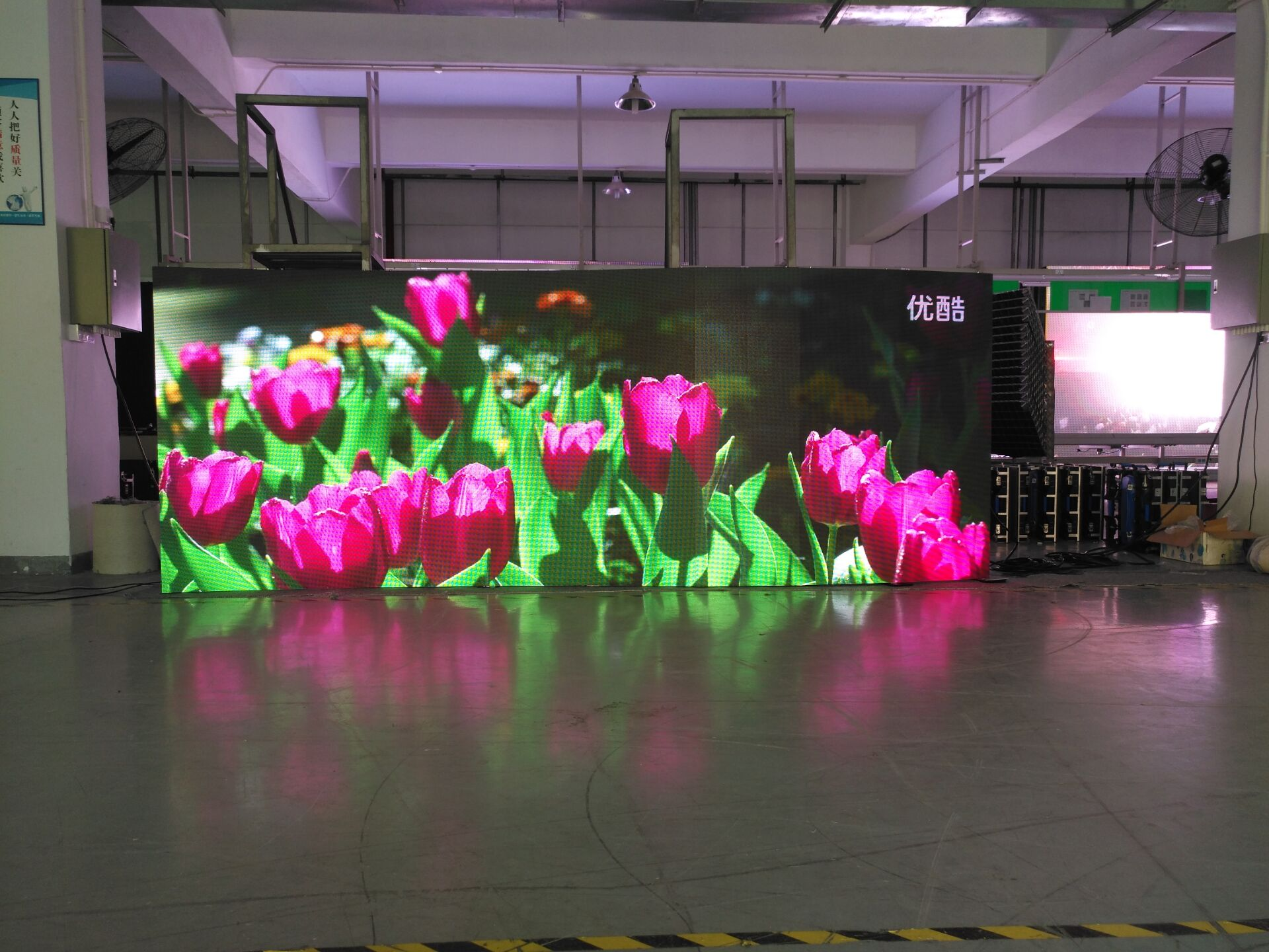 Indoor p3.91 rental LED display for stage and events