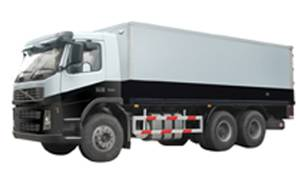 Armored cash-carrying vehicle