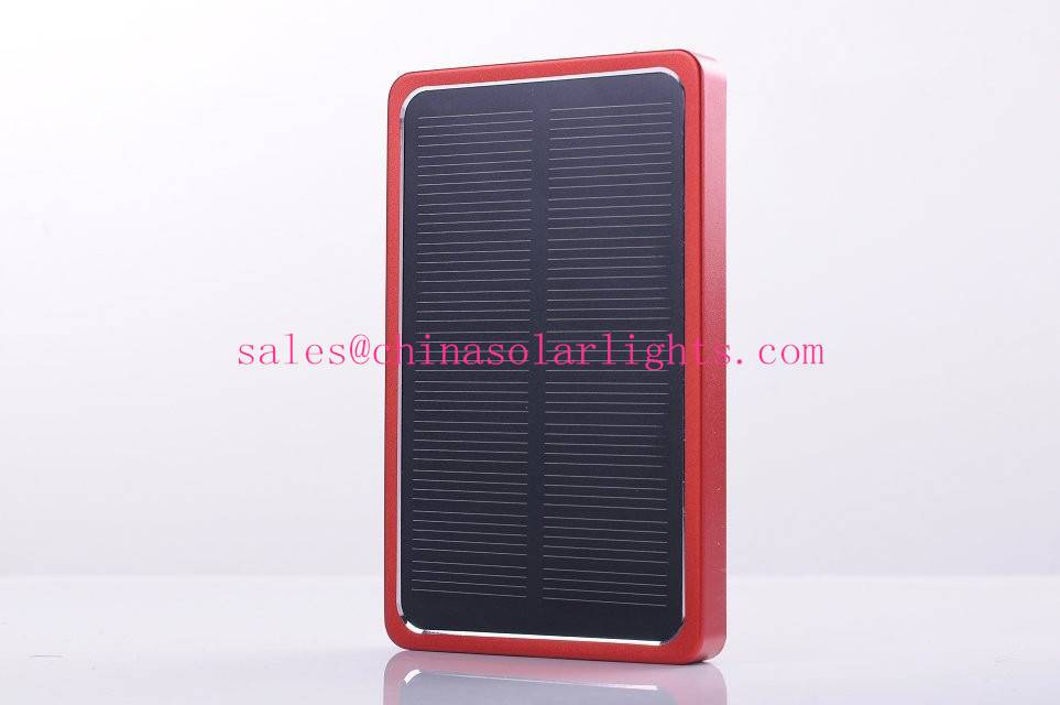 Portable solar energy charger P3000
