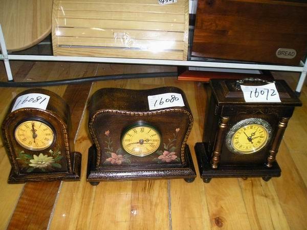 photo-frames, antique-clock,antique-box