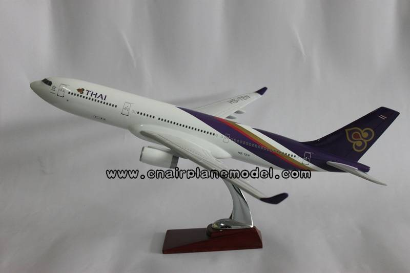 aircraft model Airbus330 THAI 47cm