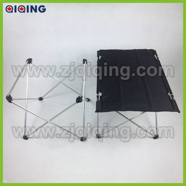2014 new hot sale Portable outdoor cheap camping folding table HQ-1050J