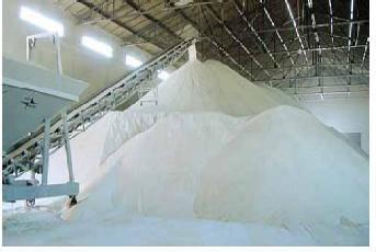 White Pure Refined Brazilian Icumsa 45 Sugar Powder and Cubes