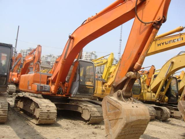 construction machinery hitachi used excavator EX200-5 for sale