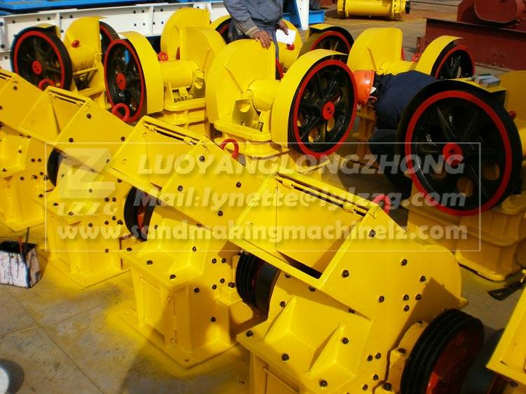 PC300400 hammer crusher