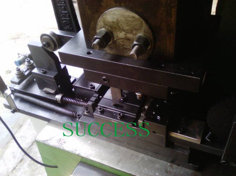 SUCCESS Automatic Bed Net Clips Making Machine