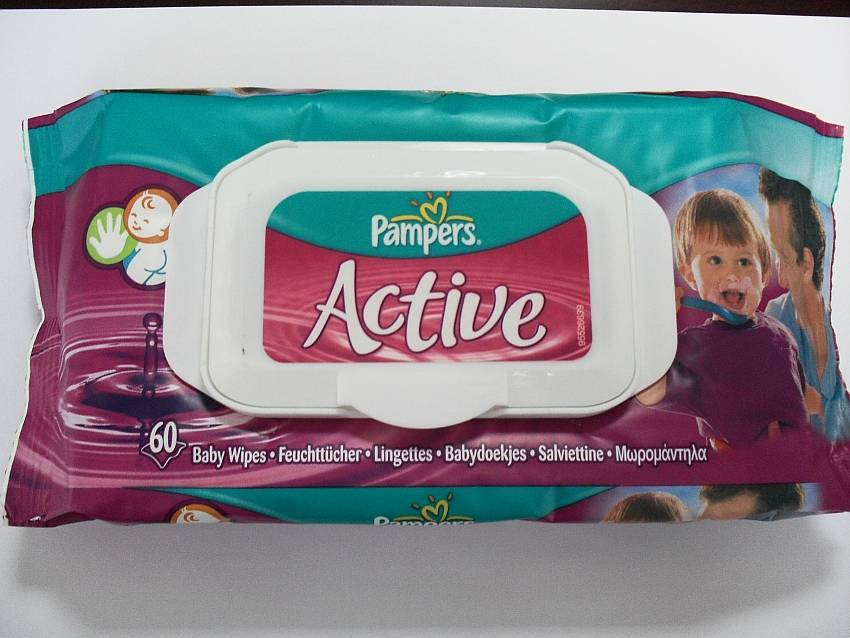 Pampers active baby Wipes.