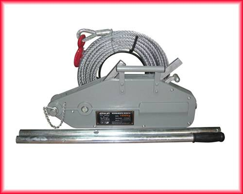 Wire rope hand tools used for pulling, lifting and securing loads easily