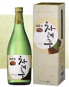 Korean Traditional Alcoholic Beverage 'ChaRyeJu' (Rice Wine)