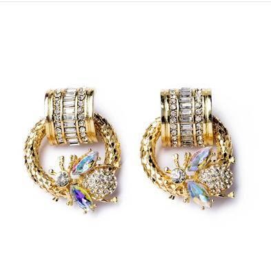 The new bee charm new women stud earrings