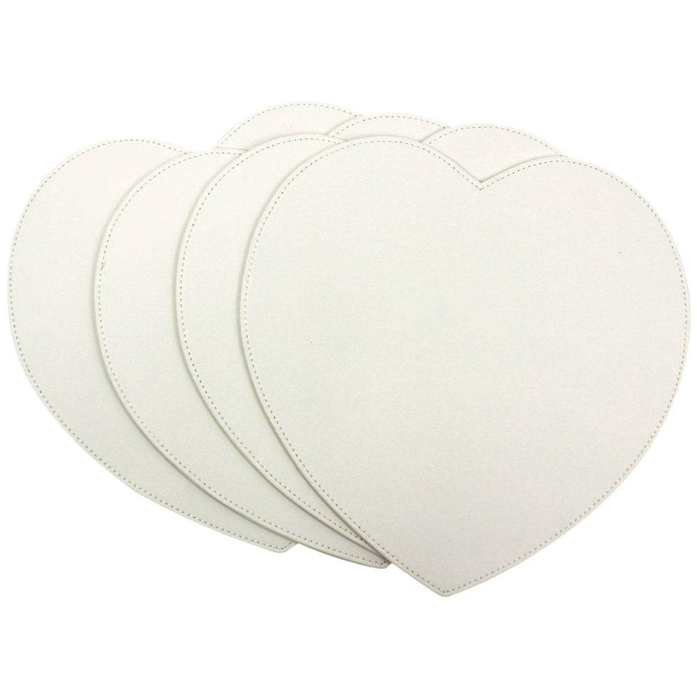 DaoHeng Set of 4 Faux Leather Heart Shaped Placemats Cream