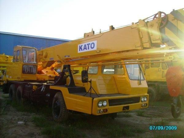 Sell Japan made KATO NK250E Hydraulic mobile crane/+8613818259435