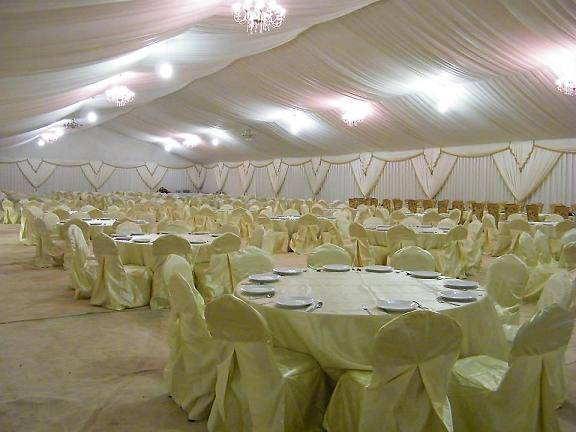Wedding party tent with clear windows