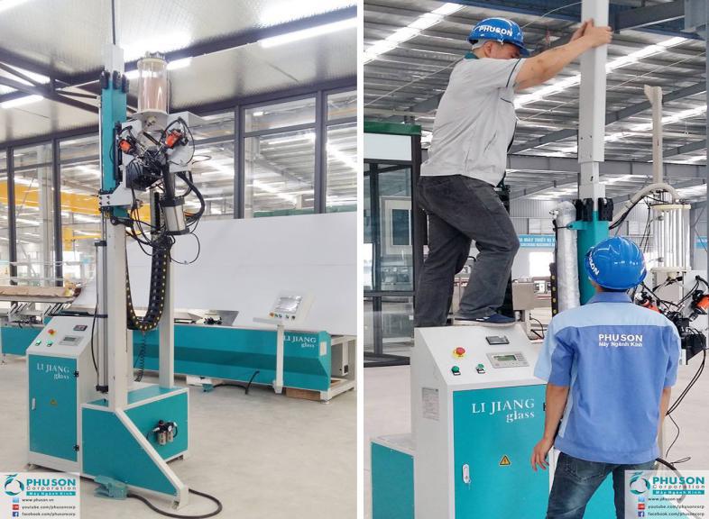 Insulating glass machine of automatic desiccant filling machine