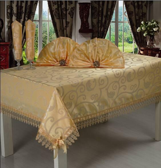 Luxury tablecloth set