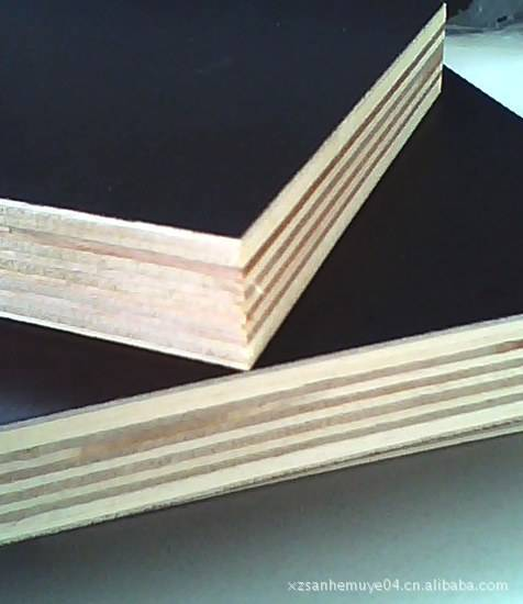 SELL POPLAR FILM FACED PLYWOOD
