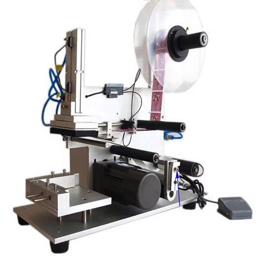 MT-60 Semi-Automatic Flat Bottle Labeling Machine