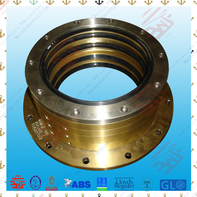 Marine oil lubrication shaft sealing apparatus for boats