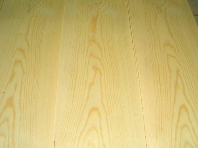 Pine veneer