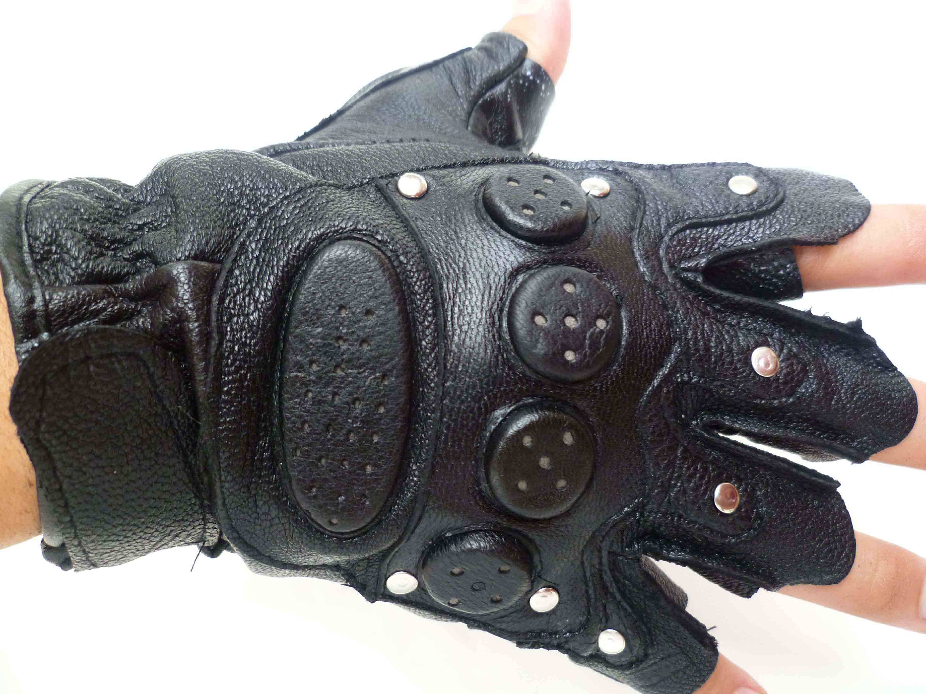 Leather Sport Gloves