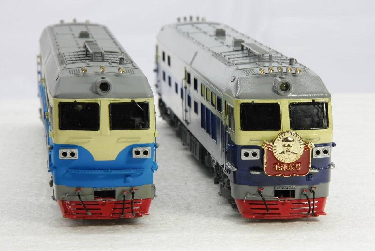 1:87 brass model train - Chinese DF4D