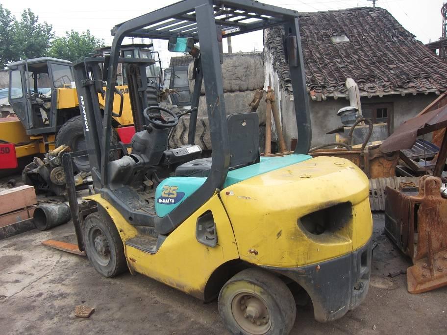 used forklift komatsu FD25T