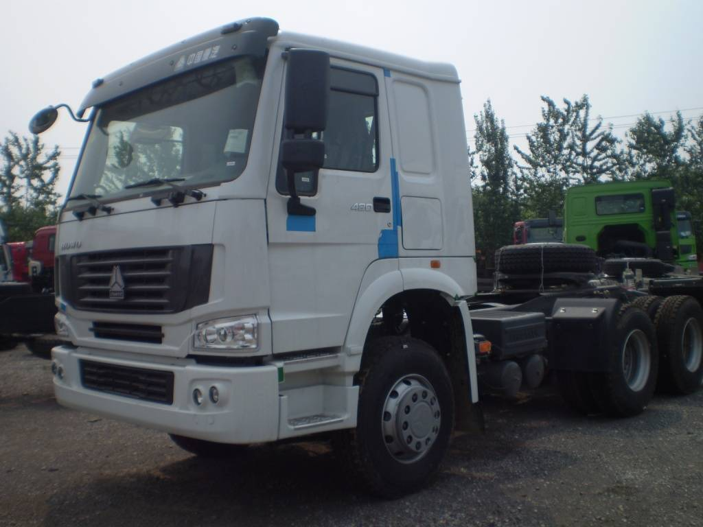 HOWO 6x4 tractor 420hp (In stock)