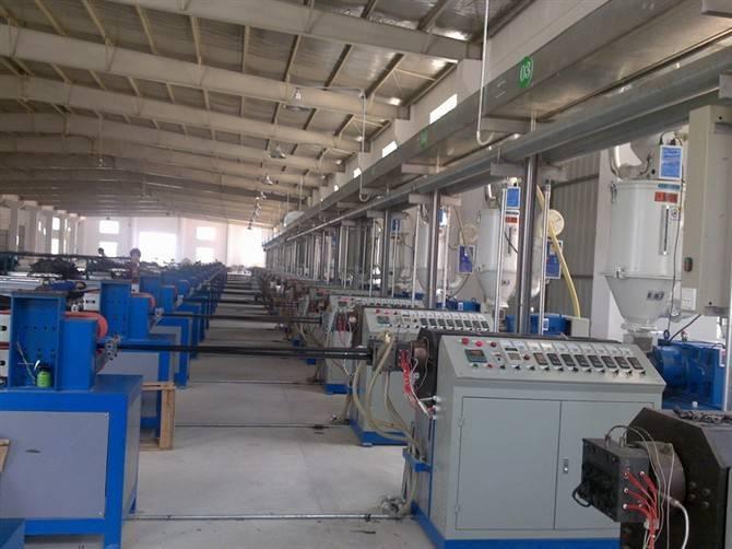 Nylon strip extrusion machine
