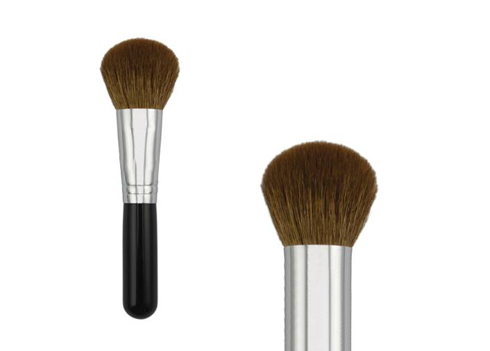 Bronzer Makeup Brush With Short PlastiWith Short Plastic Handle Synthetic Hair Metal Ferrule