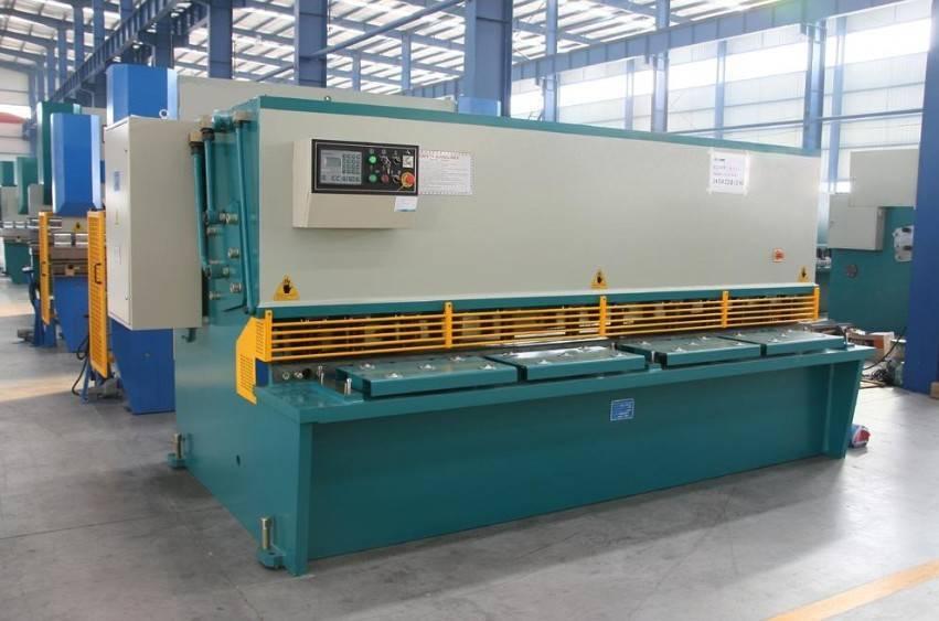 QC12Y-6x6000 Hydraulic Shearing Machinery