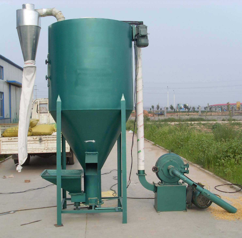vertical grain mixer/Chicken Feed Mixing and Crushing Machine/Animal feed crusher & mixer