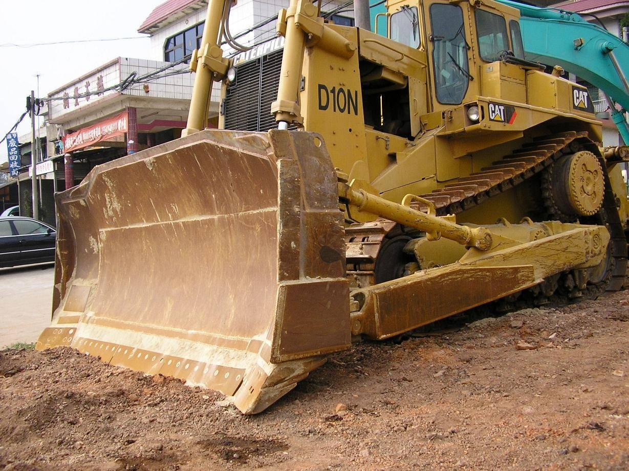 used cat bulldozer D10N