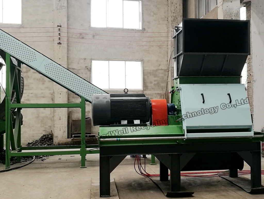 Scrap Wood Shredding and Recycling System Hot Sale