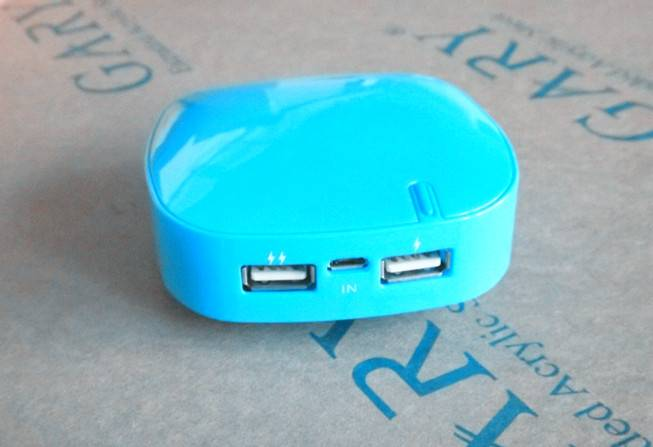 8000mAh Universal Portable Power Bank for all cellphone