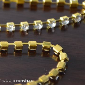 cup chain with strass PP24 SS12