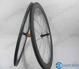 Road Carbon Wheels 60mm Clincher