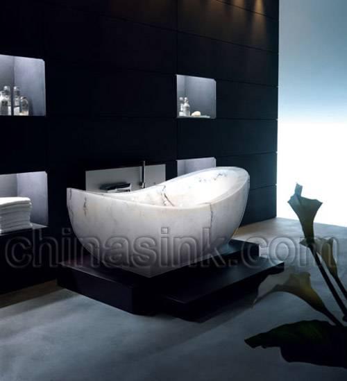 moon white marble bathtub