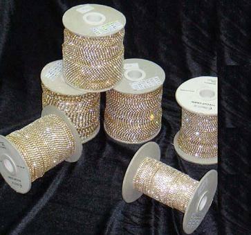 Single row rhinestone cupchain