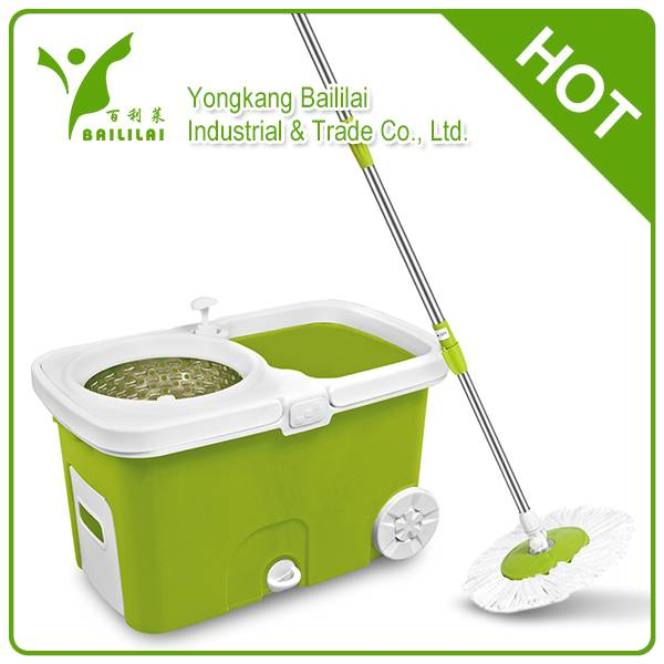 2014 newest design hand press magic rotating mop with two wheels