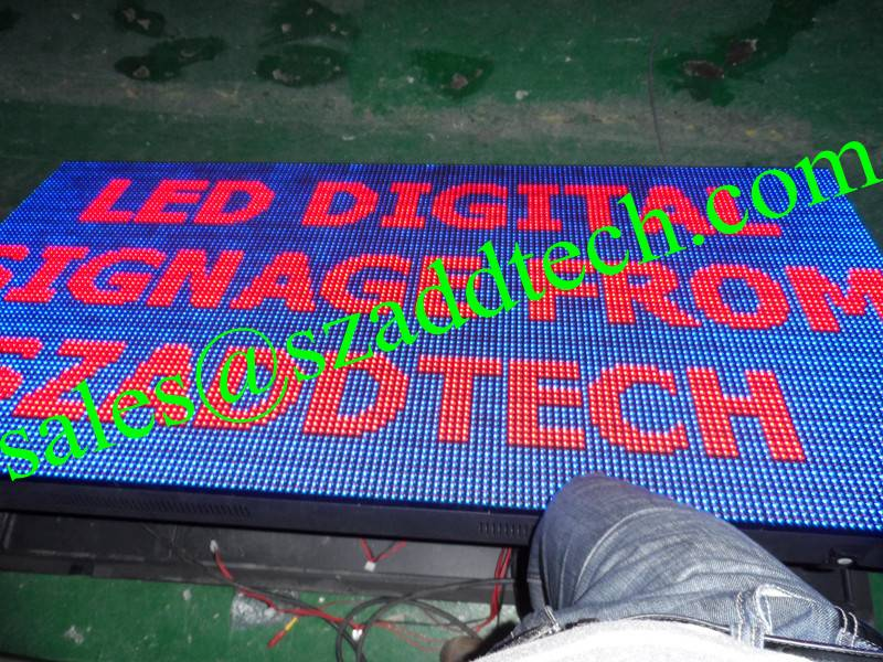 Front Serviced LED Signs