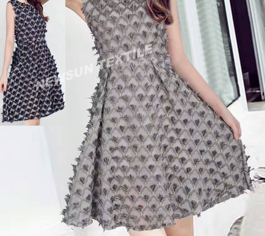 Supply New design high quality 3D Organza Jacquard fabric for ladies skirt fashion dress and Garment