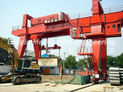 Gantry Crane Lifting Operation for Vertical Shaft Field