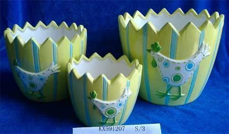 Ceramic easter flowerpot