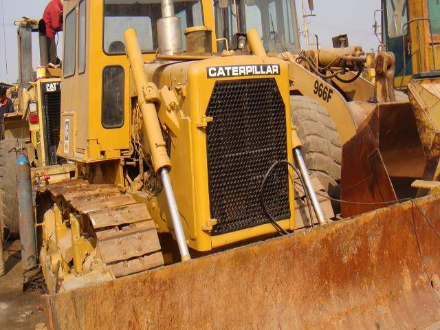 Used bulldozer Caterpillar D6D