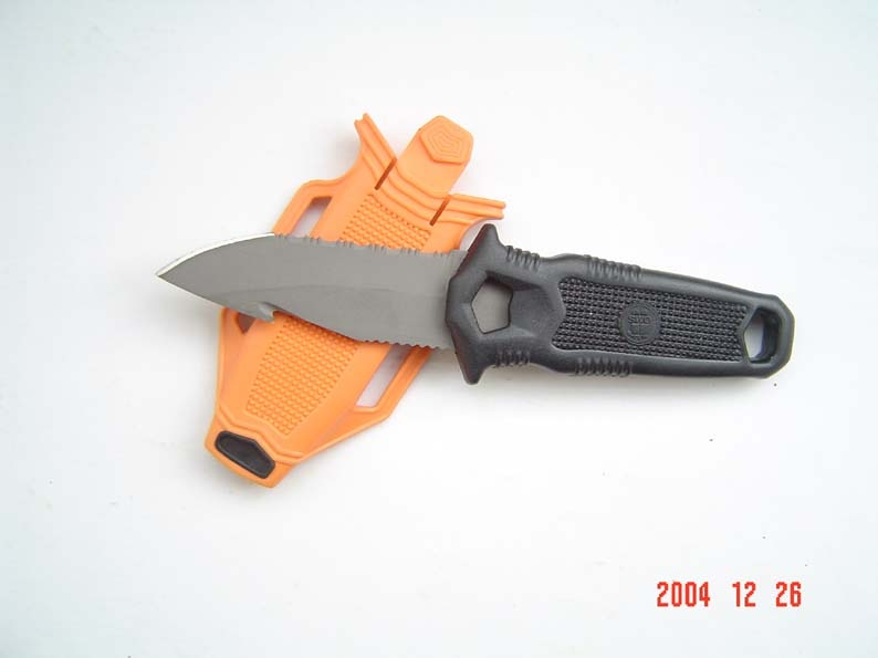 titanium knife and blade for diving