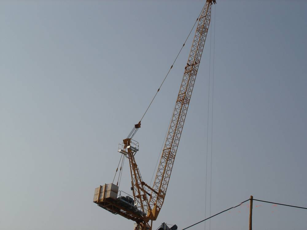 Luffing Tower Crane (D160LE8) max load 8t